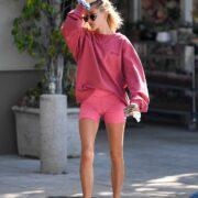 Идеальные ноги Хейли Бибер
