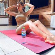Мария Горбань активно занимается спортом и вам советует