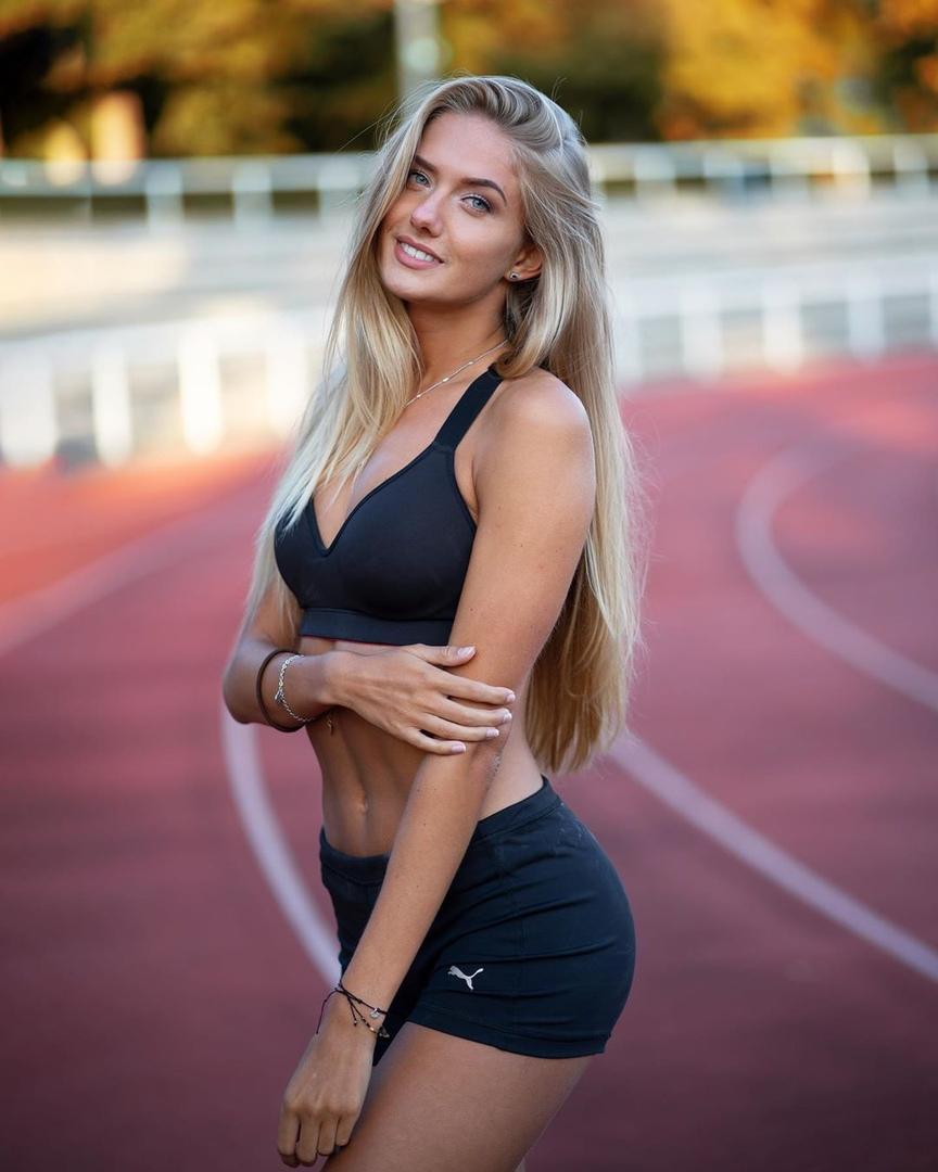 Самой сексуальной спортсменкой в мире признали легкоатлетку из Германии