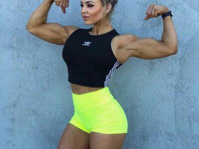 Стефани Санзо, от толстой мамы к фитнес модели